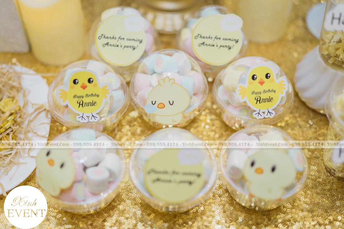 Bánh cupcake sinh nhật - MAX01-016