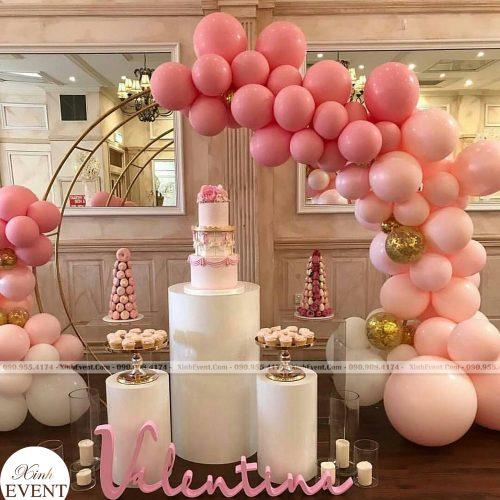 Trang trí bàn sự kiện màu hồng độc đáo và sang trọng XV031