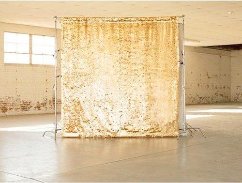 backdrop khai trương màu vàng XV043