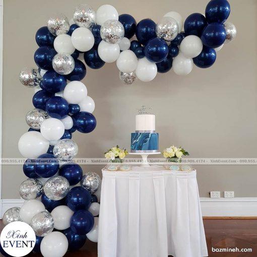 Bàn sinh nhật trang trí bong bóng đơn giản XV064