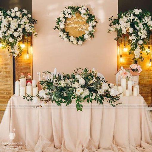 Backdrop và bàn tiệc cưới gallery sang trọng XV066