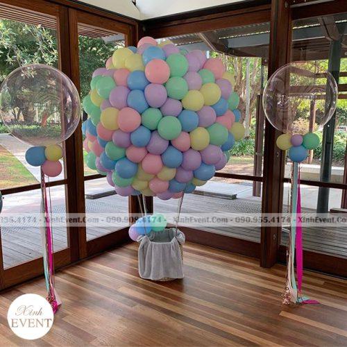 Tiểu cảnh sinh nhật bong bóng khinh khí cầu XV069