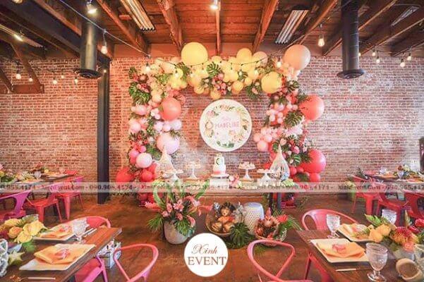 Trang trí bàn sinh nhật Amazing Party XV100