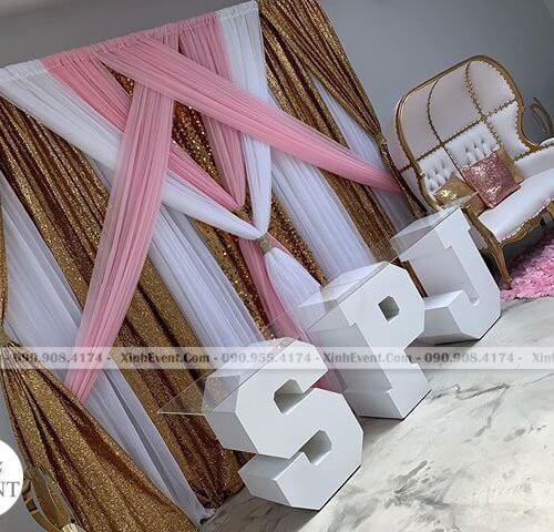 Backdrop trang trí sinh nhật vải voan và bàn chữ 3D XV107