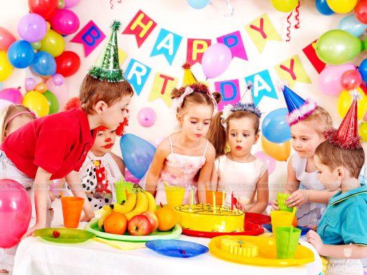 Cách tổ chức sinh nhật vui vẻ cho các bé