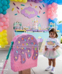 Trang trí bàn sinh nhật cho bé gái chủ đề ngọt ngào XV075