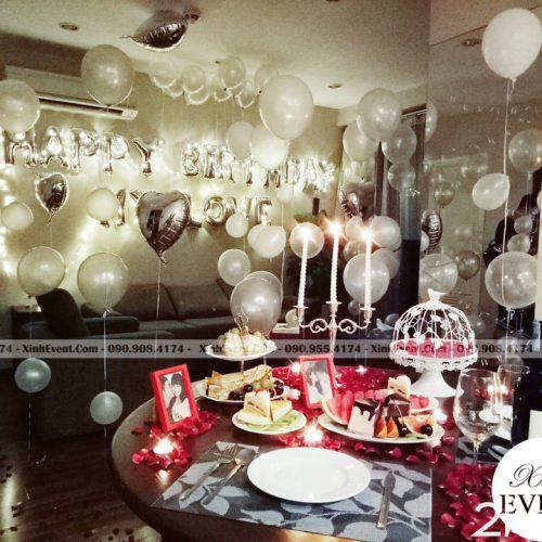 Bóng bay sinh nhật kết hợp đèn led trang trí phòng khách lãng mạn XV159