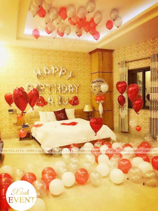 Trang trí phòng ngủ khách sạn với bóng bay sinh nhật XV161