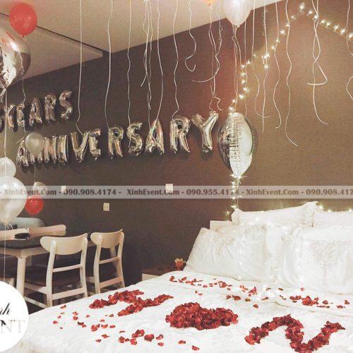 Trang trí phòng ngủ lãng mạn với bóng bay sinh nhật XV146
