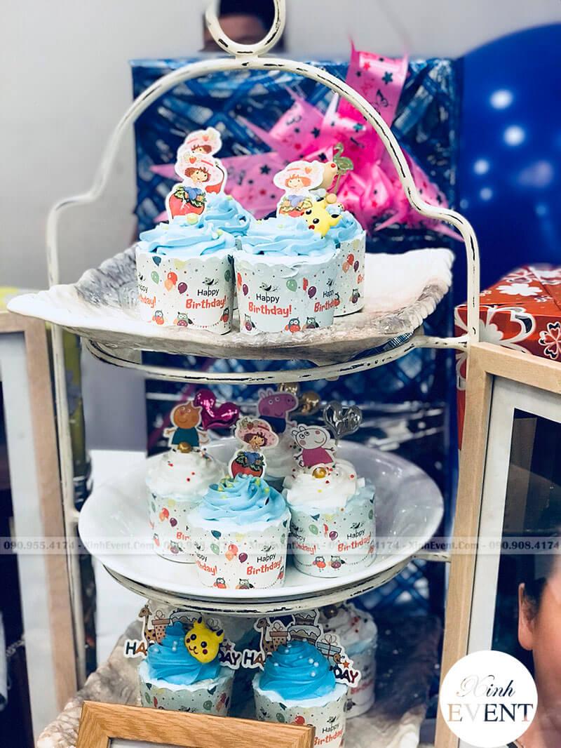 Bánh kem trang trí sinh nhật của bé Lê Đức Hùng