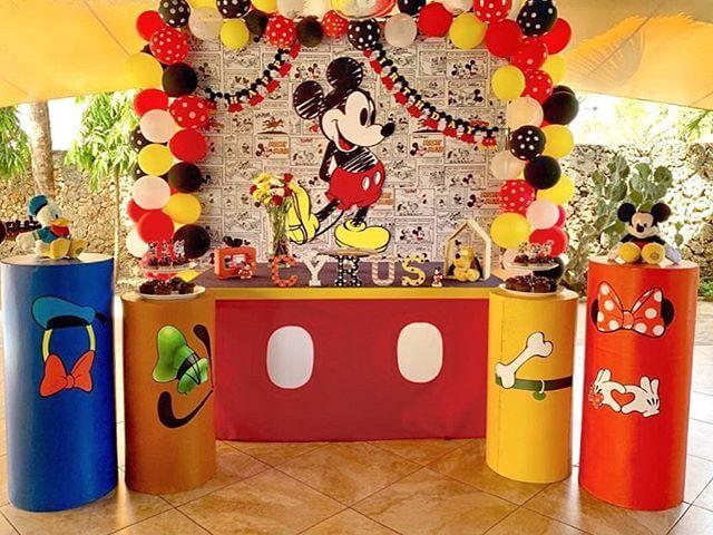 Bàn Quà Sinh Nhật Chủ Đề Mickey XV264