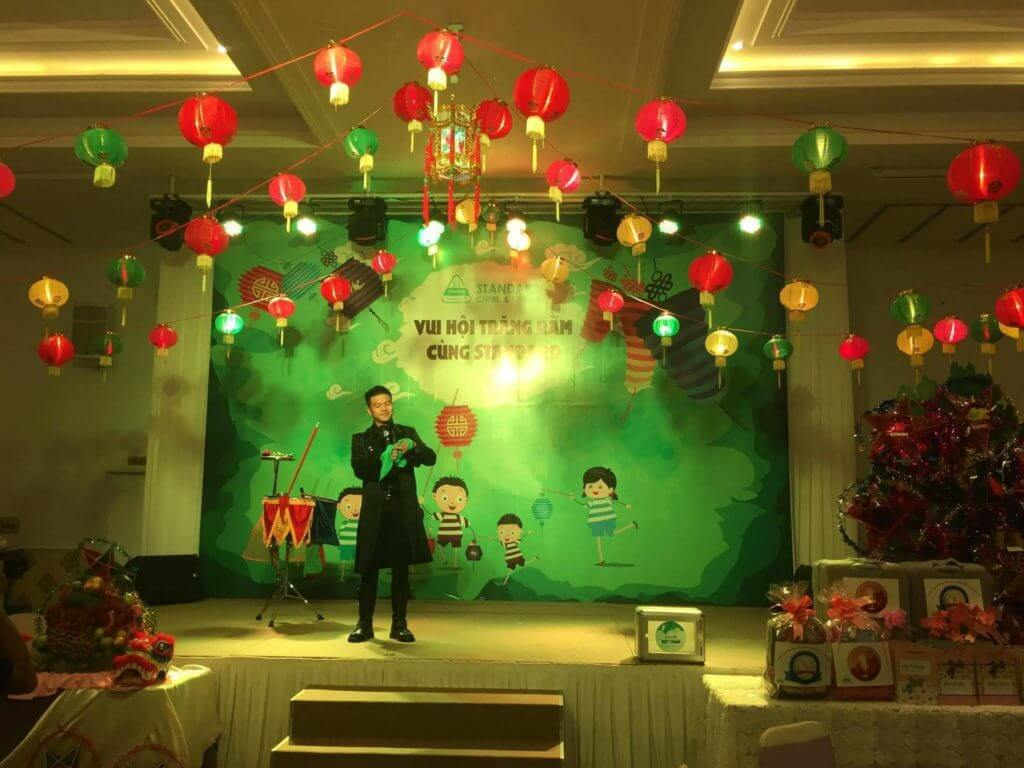 MC dẫn chương trình trung thu tại sự kiện