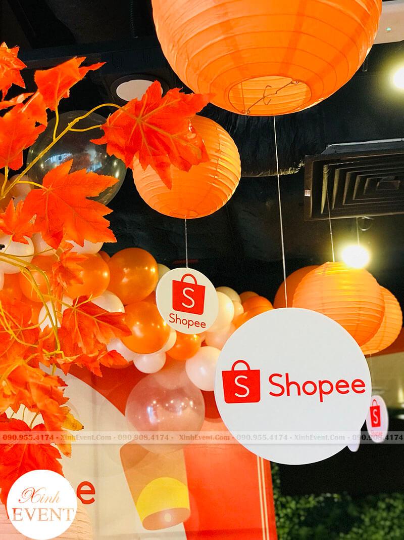 Trang trí lồng đèn trung thu tại shopee