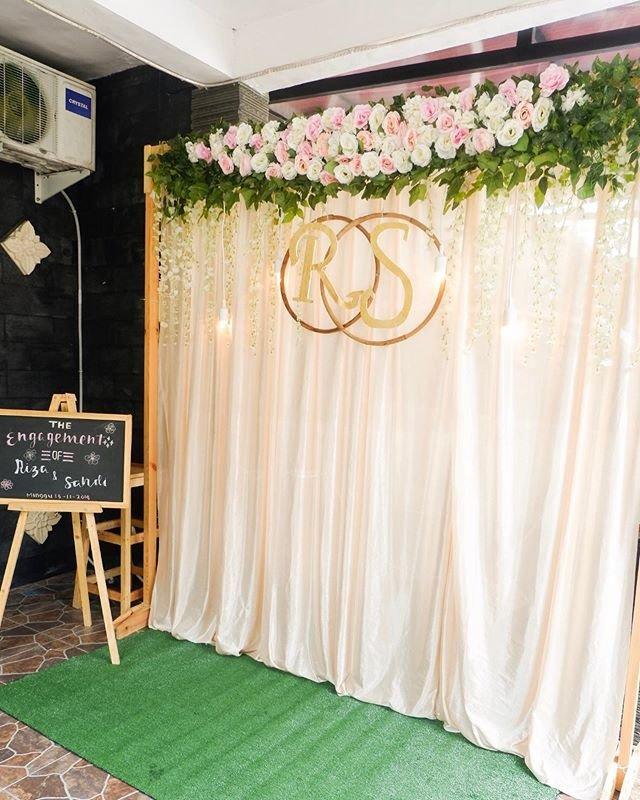 Backdrop tiệc cưới XV328 nhẹ nhàng góc nhìn 2