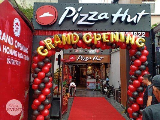 Cổng chào khai trương pizza hut XV319