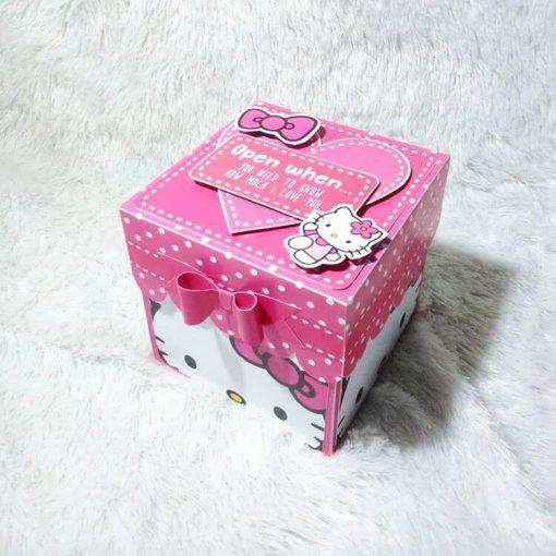 Hộp quà surprise chủ đề mèo Kitty XV315
