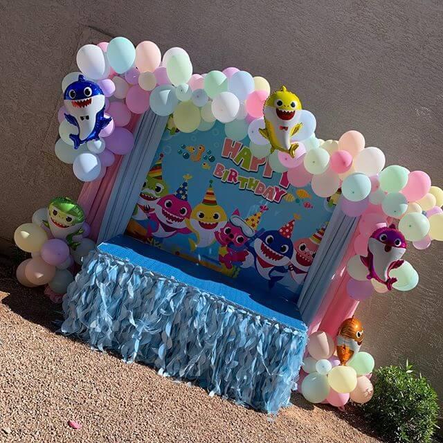 Sản phẩm trang trí bàn quà sinh nhật XV311 cho bé trai
