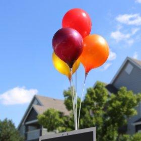 Trang trí bóng bay sinh nhật, nên sử dụng khí Heli hay Hidro?