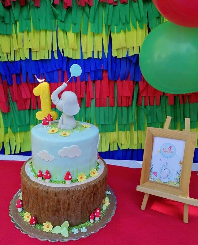 Bánh kem phụ kiện sinh nhật cùng hình ảnh chú voi con dễ thương ngộ nghĩnh XV349