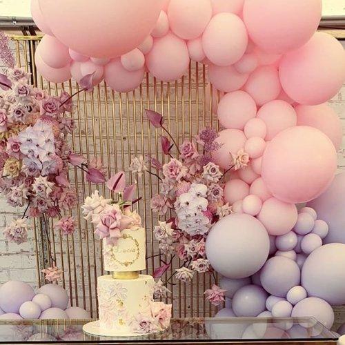 Trang trí bàn quà sinh nhật bạn gái tại gia XV391