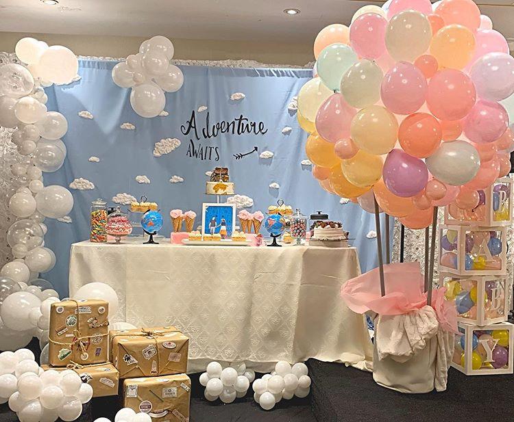 Trang trí bàn quà sinh nhật tiểu cảnh bong bóng XV410