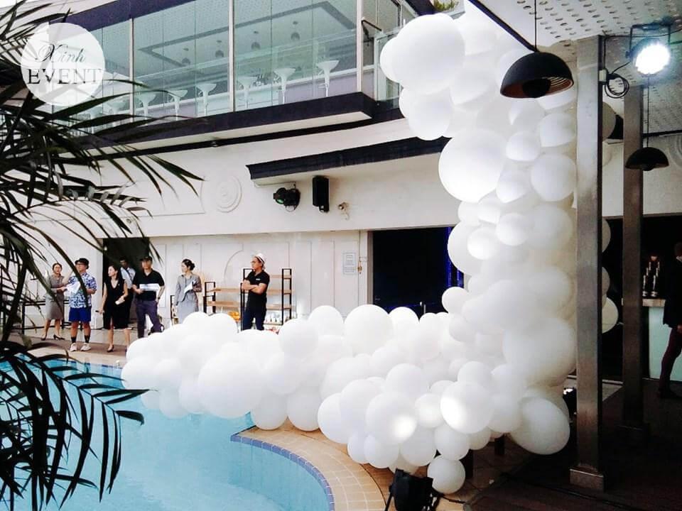 Tiểu cảnh bong bóng trang trí tiệc bể bơi XV352