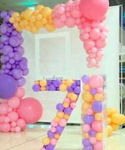 Sản phẩm trang trí sinh nhật bé gái backdrop cùng khung bong bóng đầy màu sắc XV356