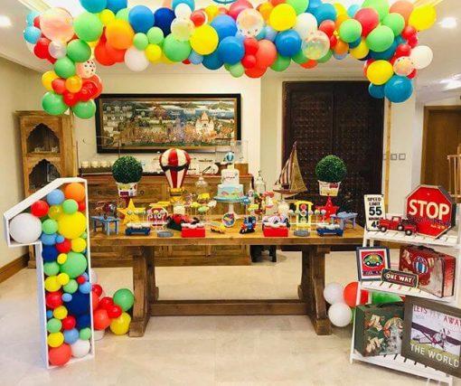 Trang trí bàn sinh nhật vương quốc đồ chơi XV360