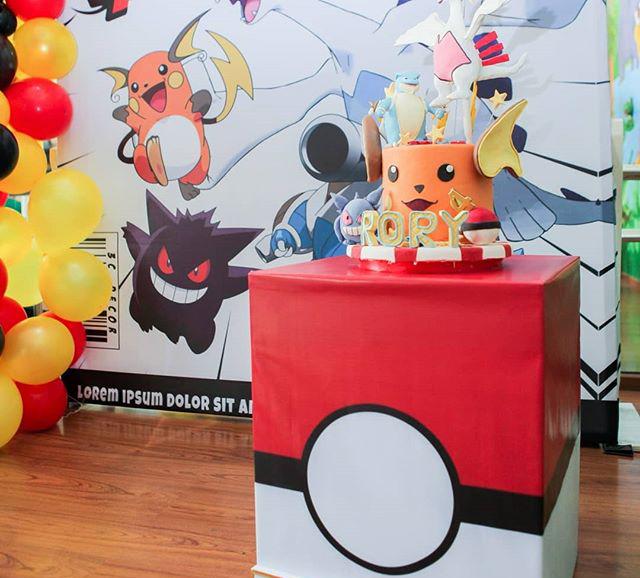 Bàn quà sinh nhật trang trí chủ đề pokemon XV466