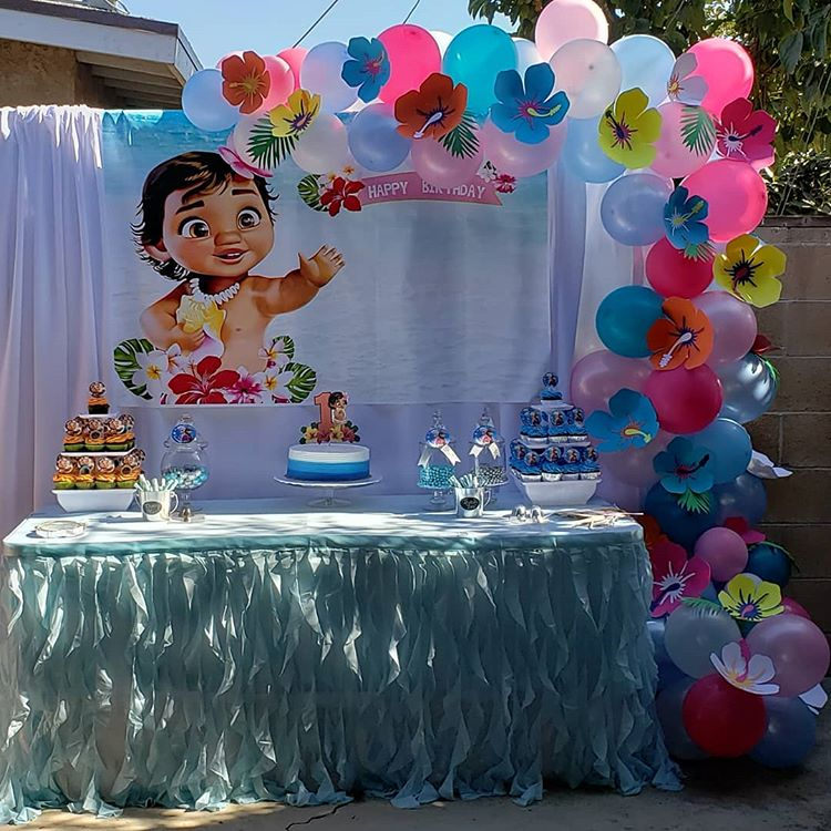 Trang trí bàn quà sinh nhật ngoài trời Baby Moana XV458