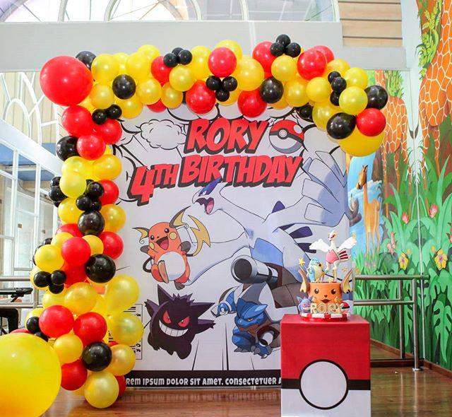 Trang trí sinh nhật trọn gói bàn quà pokemon XV466