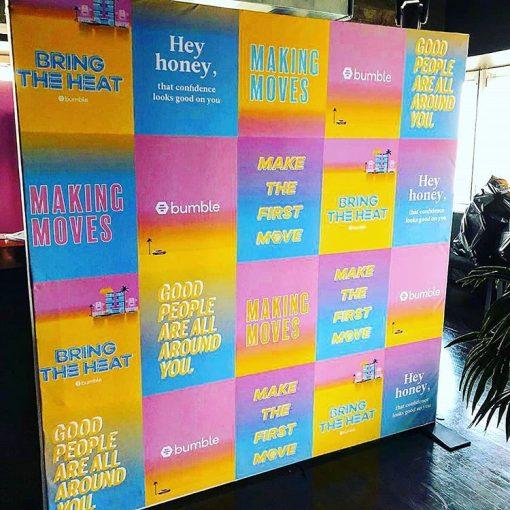 Backdrop khai trương văn phòng độc lạ đầy màu sắc XV457