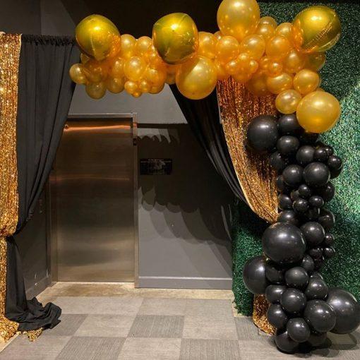 Backdrop sinh nhật vàng đồng và đen sang trọng XV468