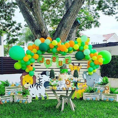 Trang trí backdrop sinh nhật ngoài vườn XV494