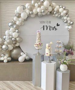 Bàn quà sinh nhật màu trắng cho vợ XV559