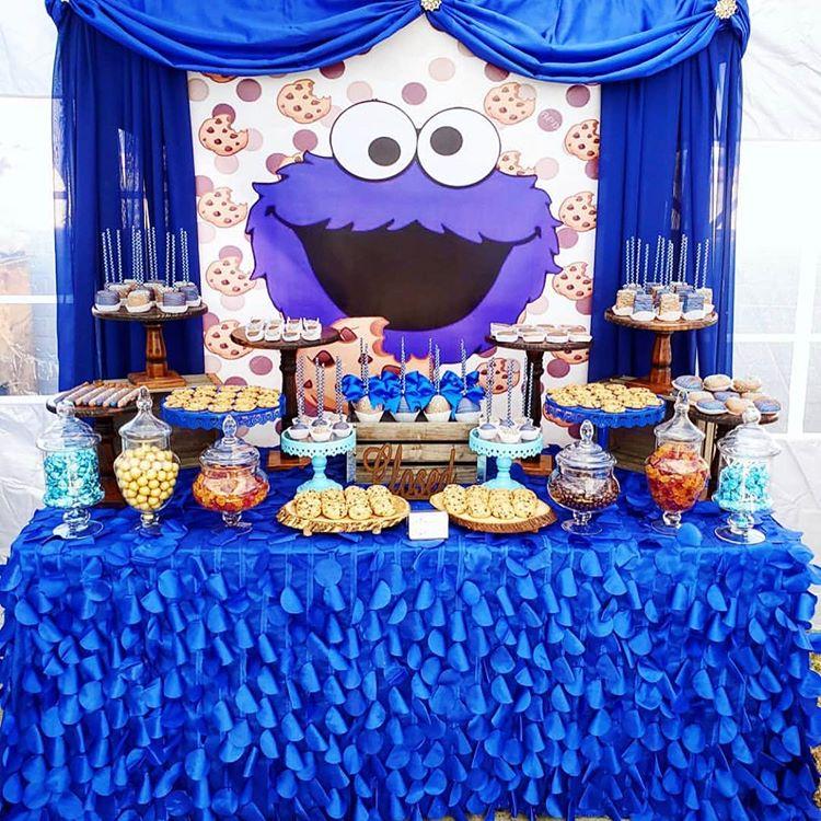 Bàn quà sinh nhật trang trí xanh dương XV603
