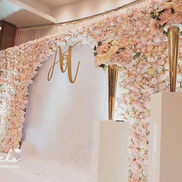 Backdrop tiệc cưới hoa tươi XV611