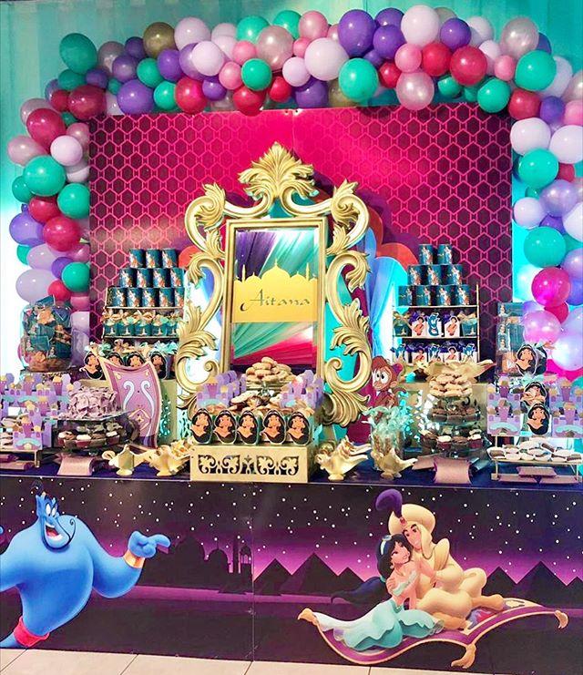Bàn quà trang trí sinh nhật trọn gói Aladin XV621