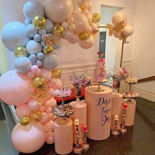 Bàn quà sinh nhật với 2 màu hồng, tím pastel XV623