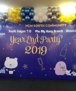 Backdrop trang trí sự kiện tất niên công ty cùng bong bóng XV651