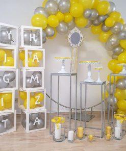 Bàn gallery trang trí sinh nhật vàng và xám XV658