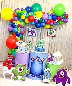 Bàn quà sinh nhật bé trai XV631