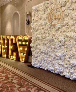 Backdrop cùng tiểu cảnh chữ 3D trang trí tiệc cưới XV705