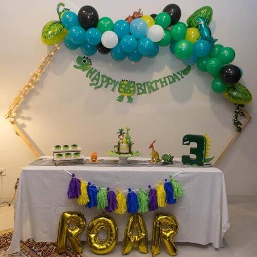 Bàn quà sinh nhật khủng long XV697