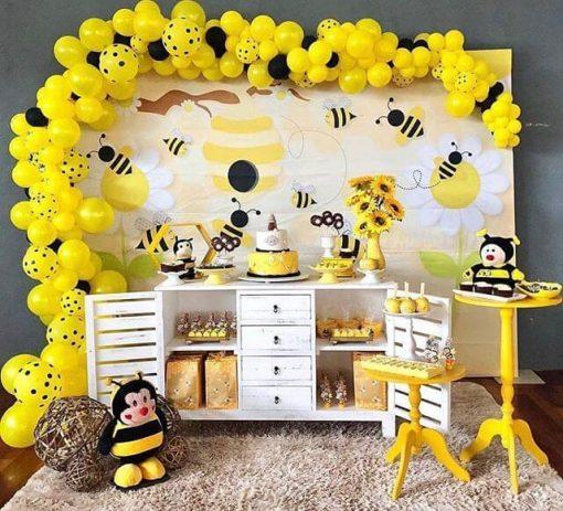 Bàn quà sinh nhật chú ong thợ XV703