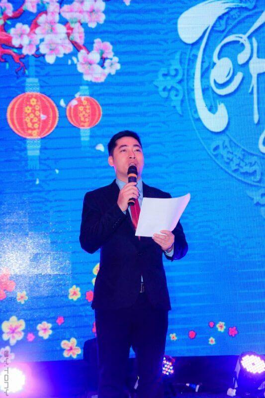 MC Đức Thuyên thuộc Sài Gòn team building