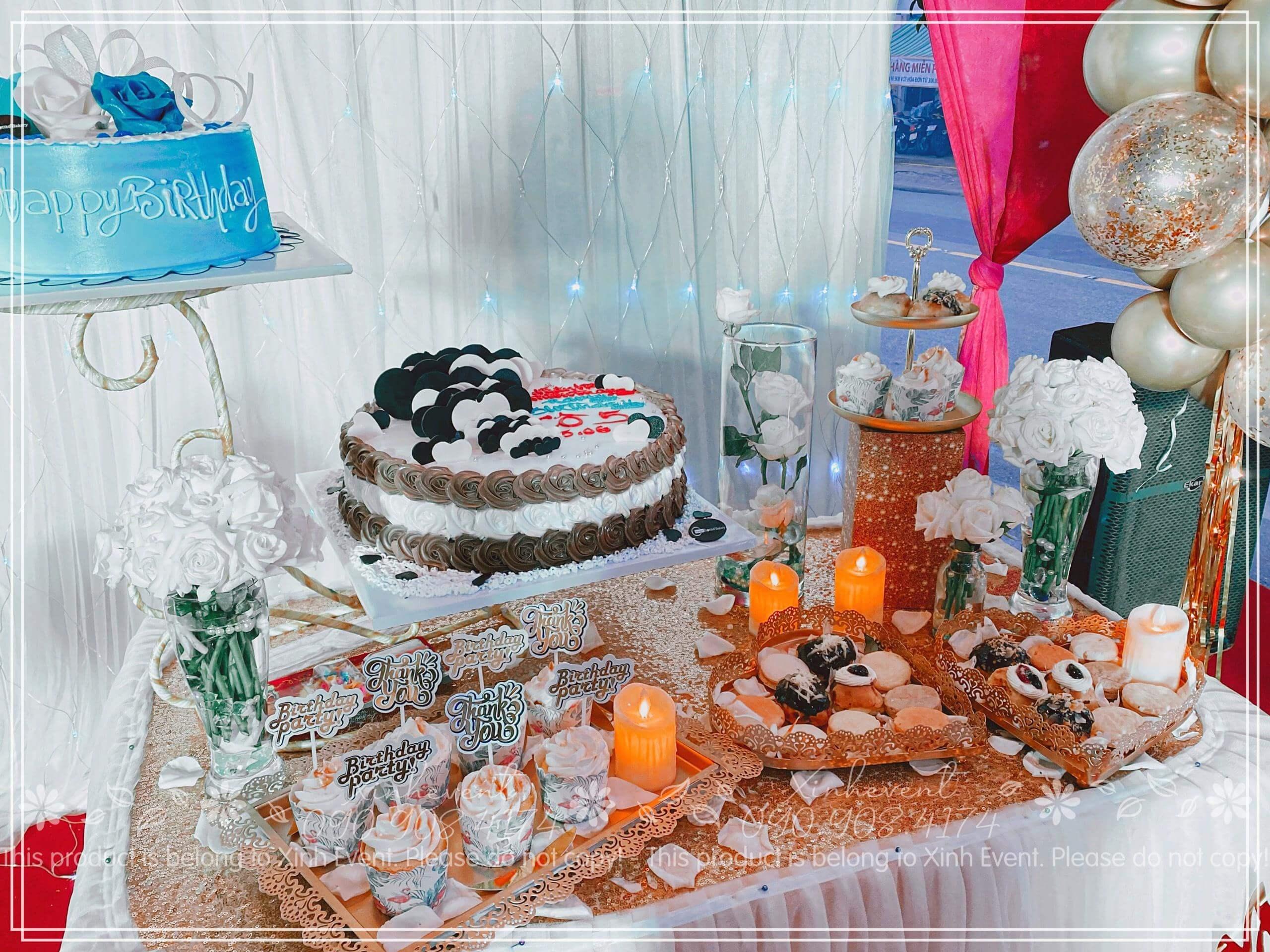 Hình ảnh chiếc bàn sinh nhật sang trọng