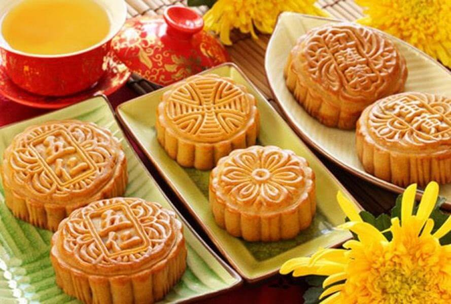 Bánh trung thu màu truyền thống