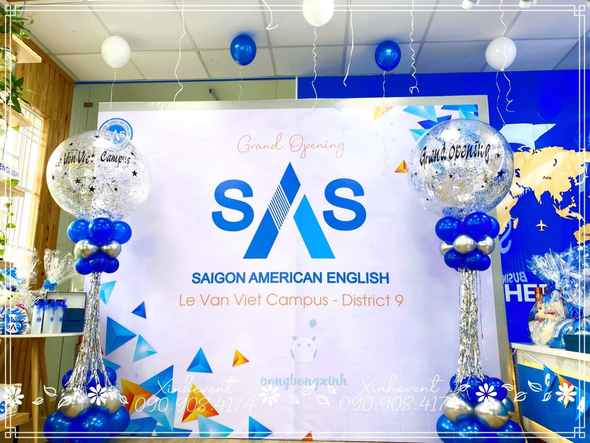 Backdrop trang trí khai trương trung tâm ngoại ngữ thế hệ mới SàiGòn American English (SAS)
