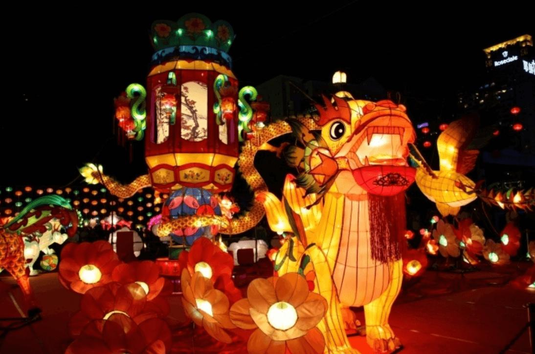 Những tạo hình lòng đèn cực ấn tượng